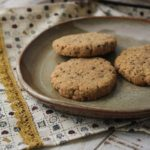 Cookies de castanha e melado - veganos, sem glúten e sem lactose