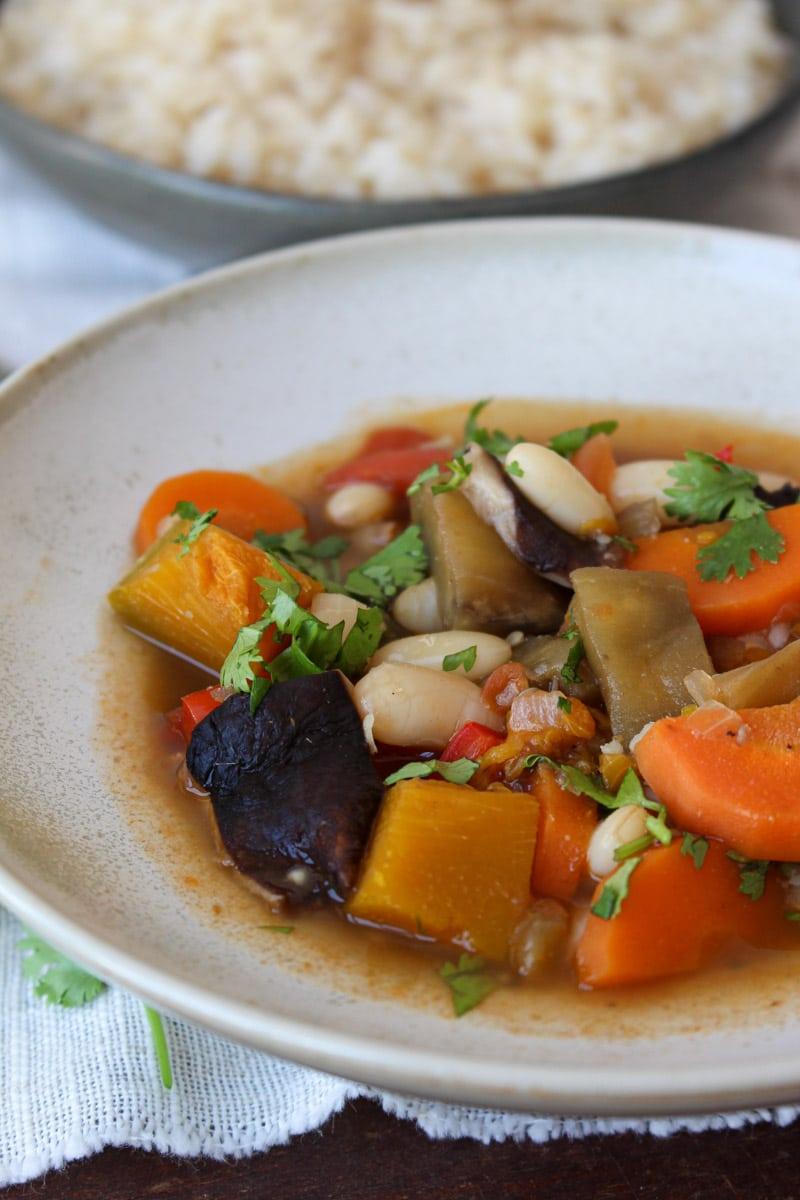 Feijoada de legumes e feijão branco
