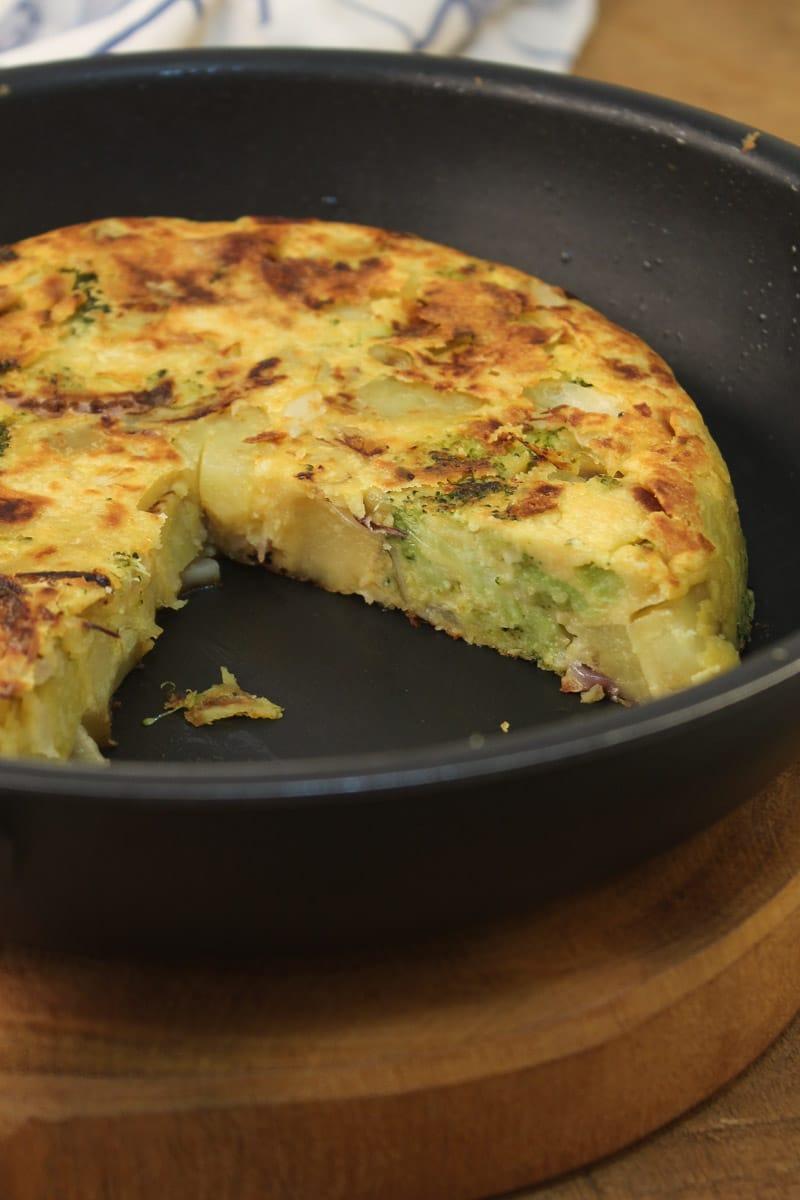 Fritada de batata-doce e brócolis - vegana