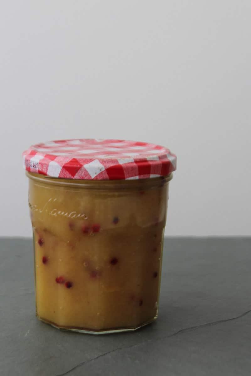 Geleia de cupuaçu com pimenta rosa