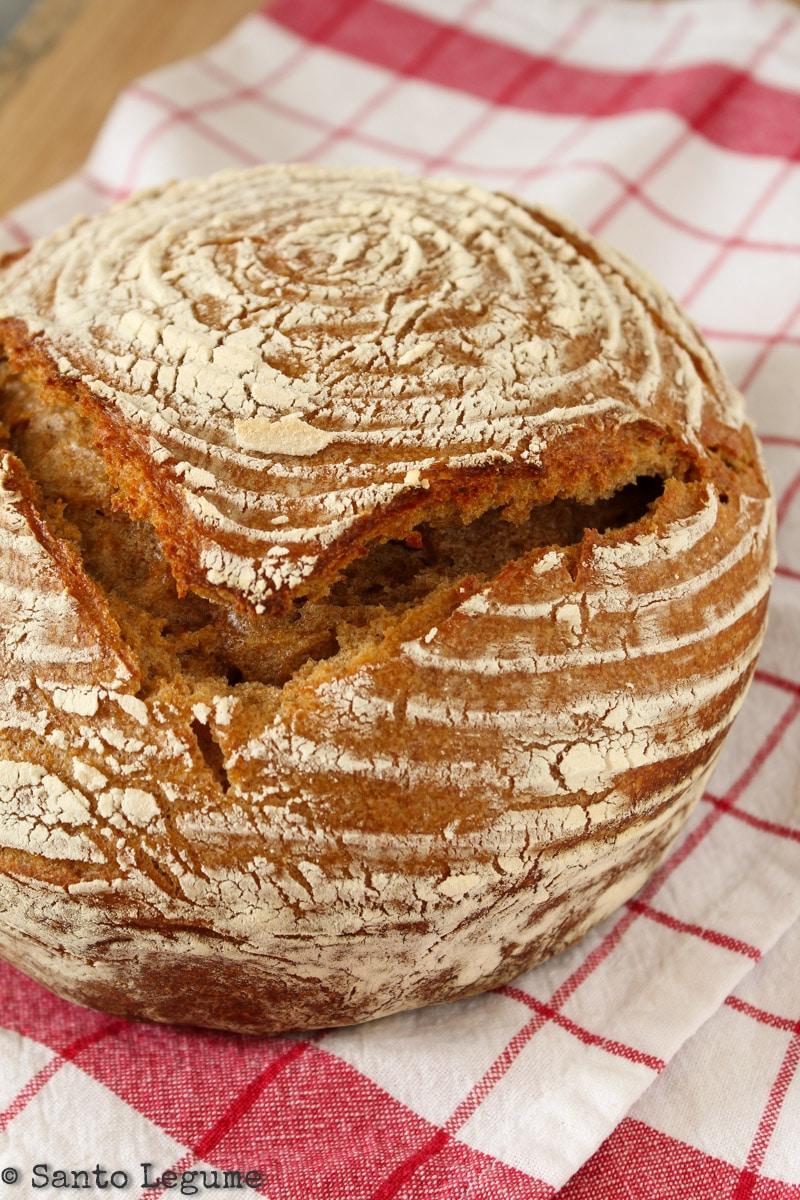 Pão integral de fermentação natural