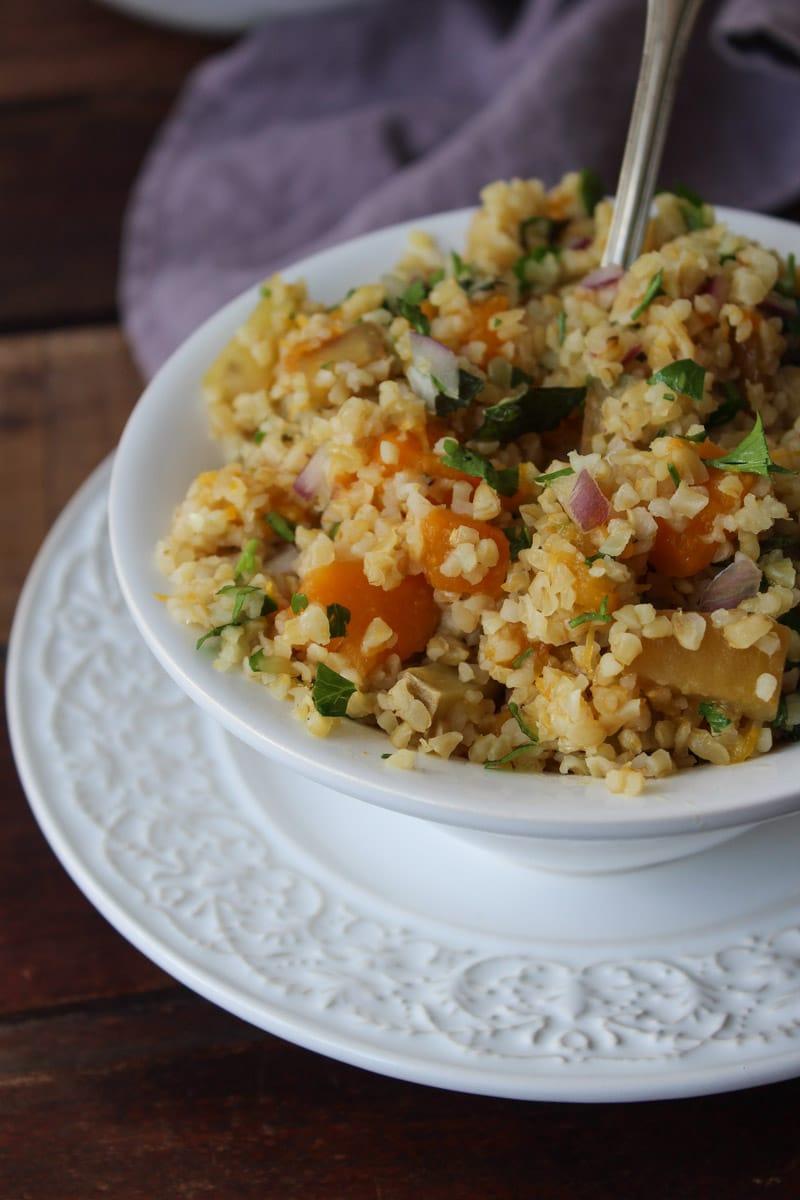 Salada de batata-doce e bulgur