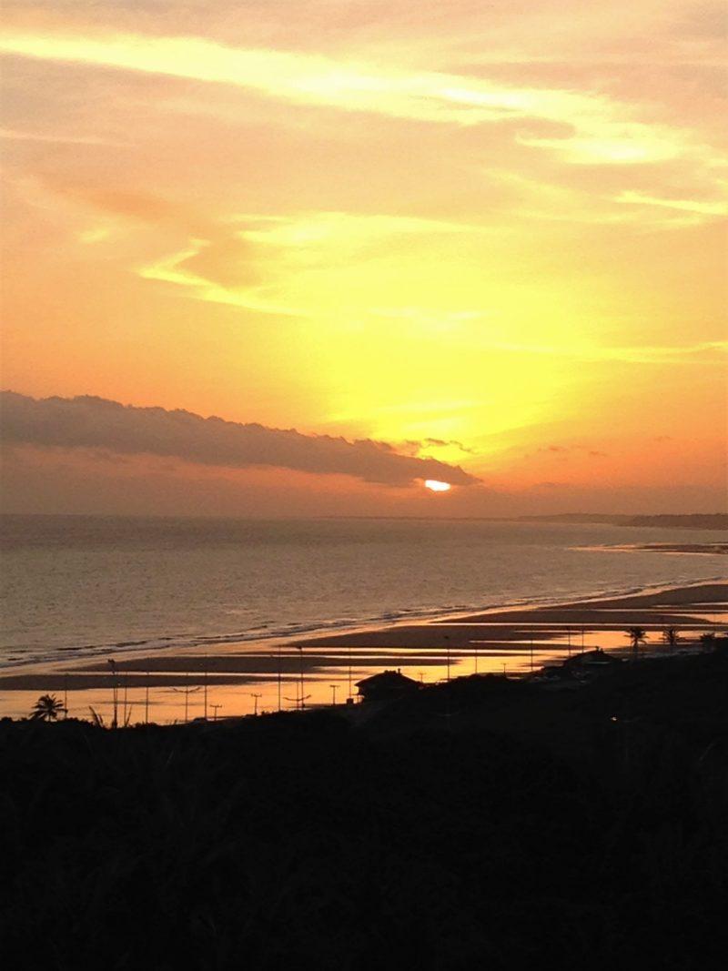 Sol nascendo - Praia de São Marcos - São Luís