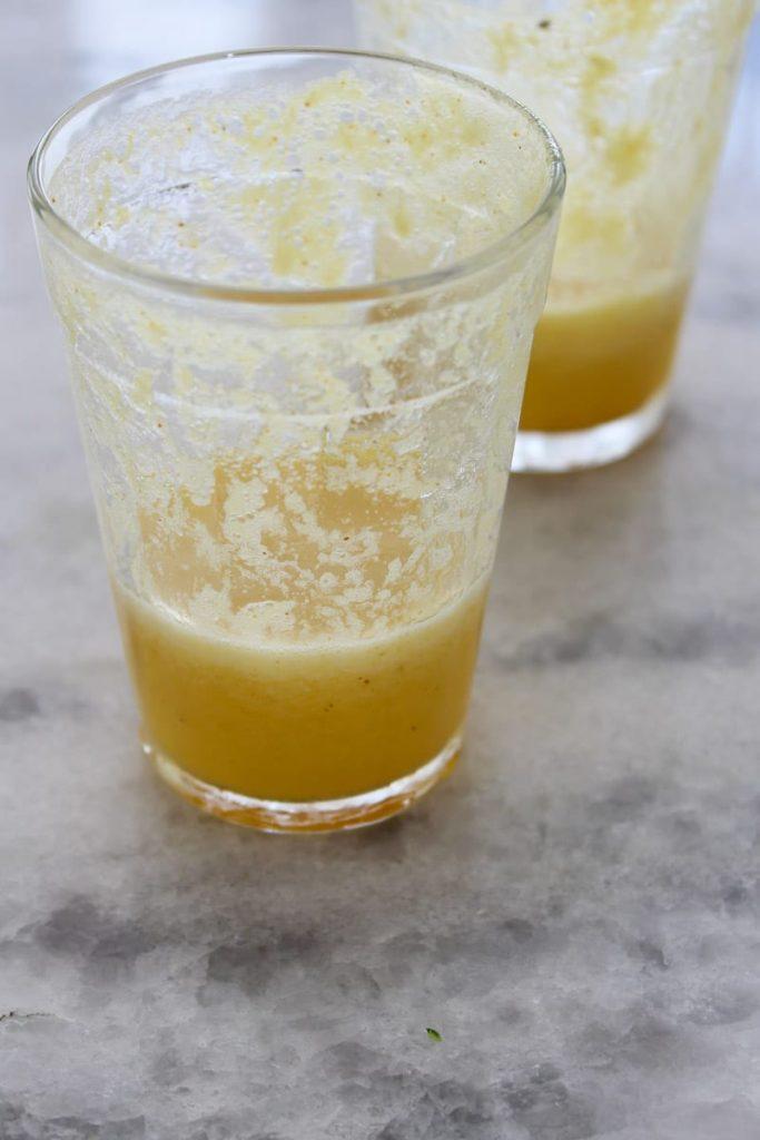 Suco de abacaxi, laranja e água de coco