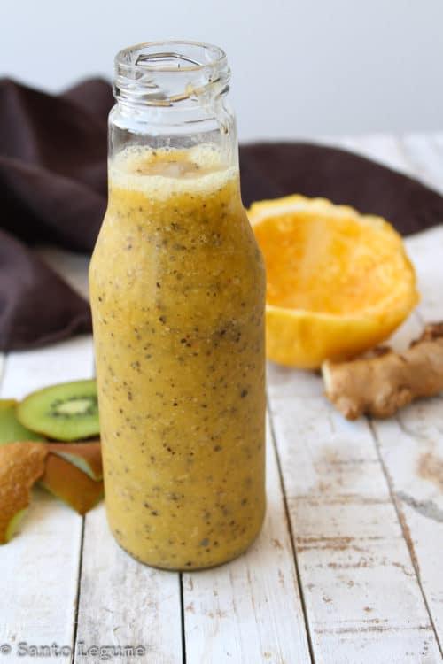 Suco de abacaxi, maracujá e kiwi